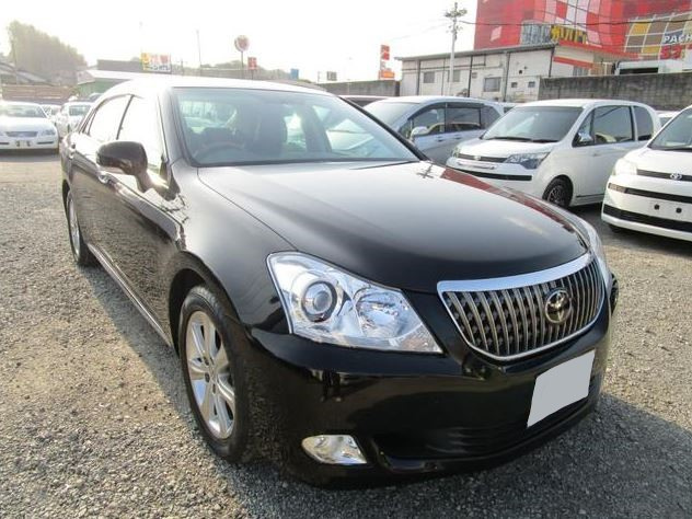 2012 Toyota Crown URS206
